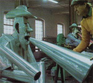 Red Grooms assembling the aluminum sculpture in Bennington, Vermont.
